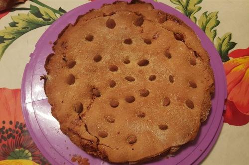 crostata-di-farro-e-avena-ripiena-di-composta-di-susine-con-mandorle-siciliane